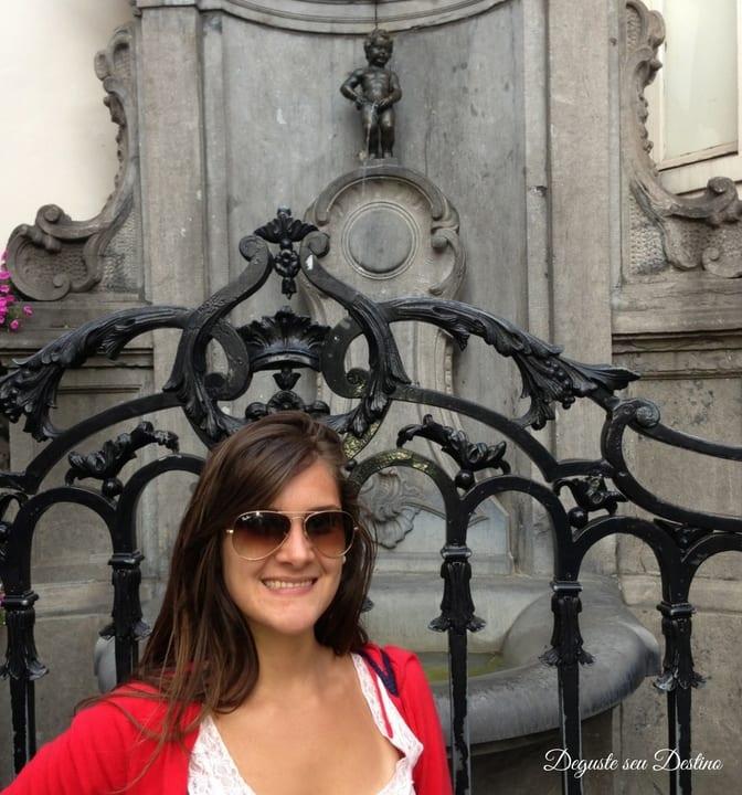 A curiosa e cômica estátua Manneken Pis.