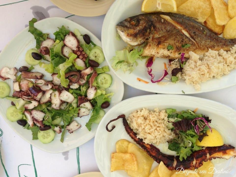 Tirei poucas fotos de comida nessa viagem, essa foi a única que achei dos deliciosos e frescos frutos do mar que comi na Grécia.